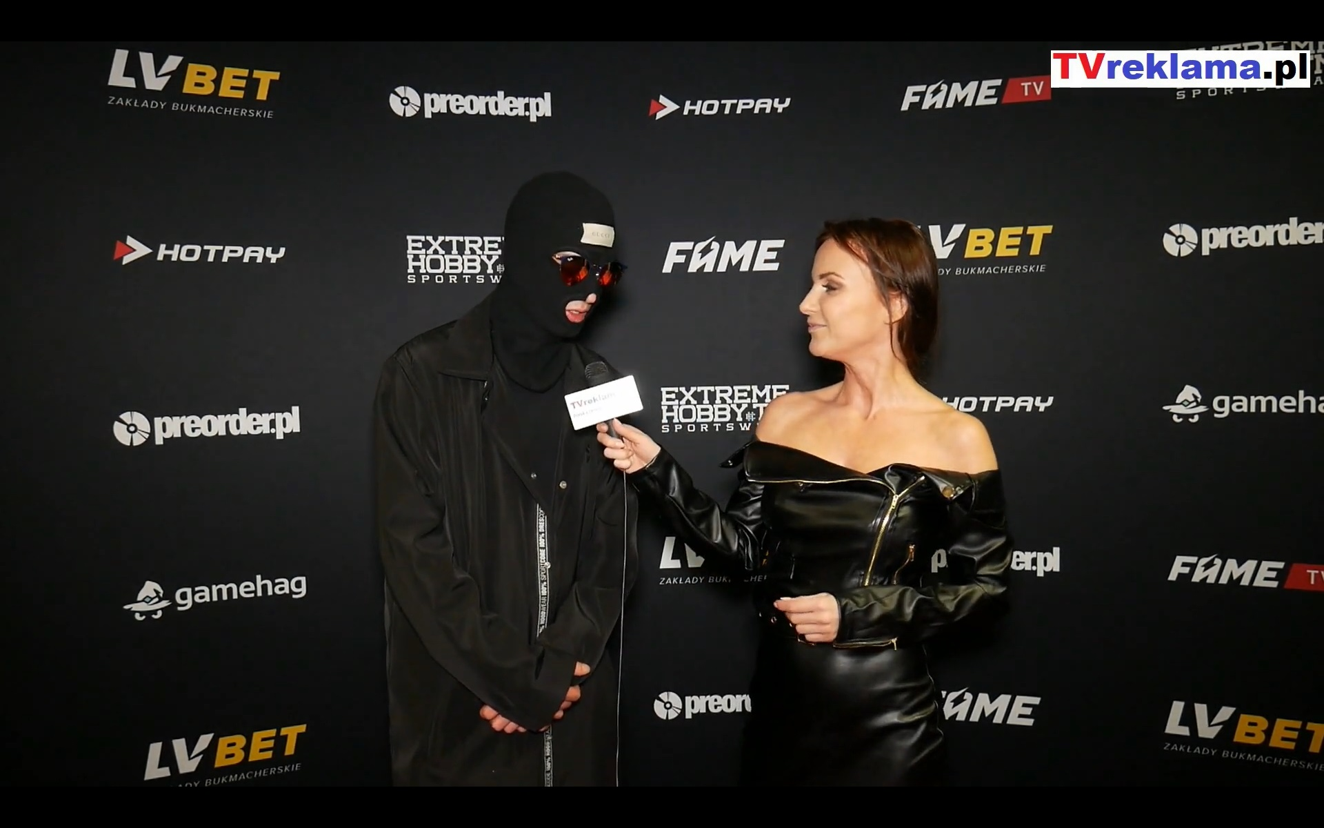 kamerzysta przed koncertem na Fame mma 3 – Koncert kamerzysty